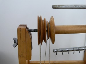 dual drive spinning wheel