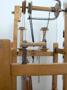 scotch tension brake, spin-well, spinning wheel