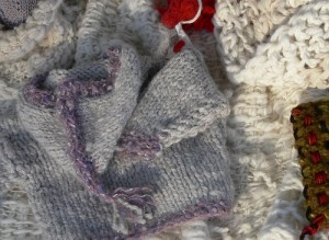kntted baby coat, mega knitting, big knitting