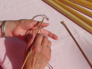 knitting, casting on, how to cast on