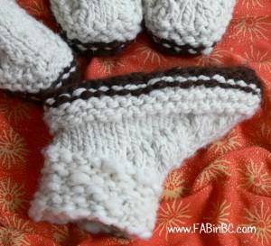 knitting woolen slippers