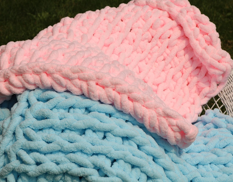 tunisian crochet, moroccan knit blankets made ona single needle