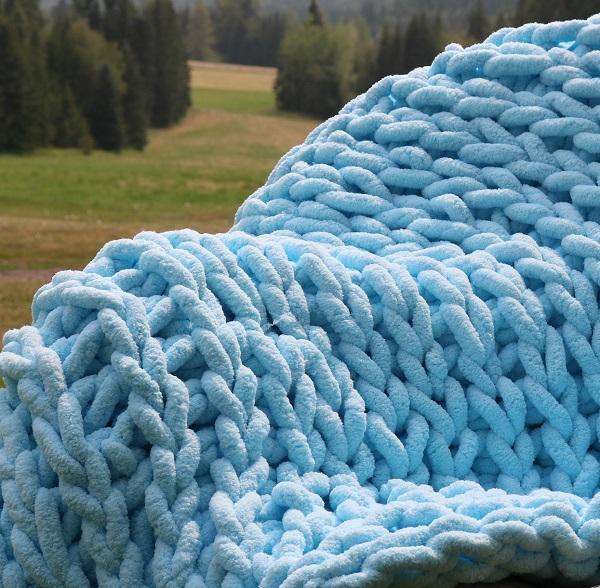chenille super chunky yarn, sky blue colour